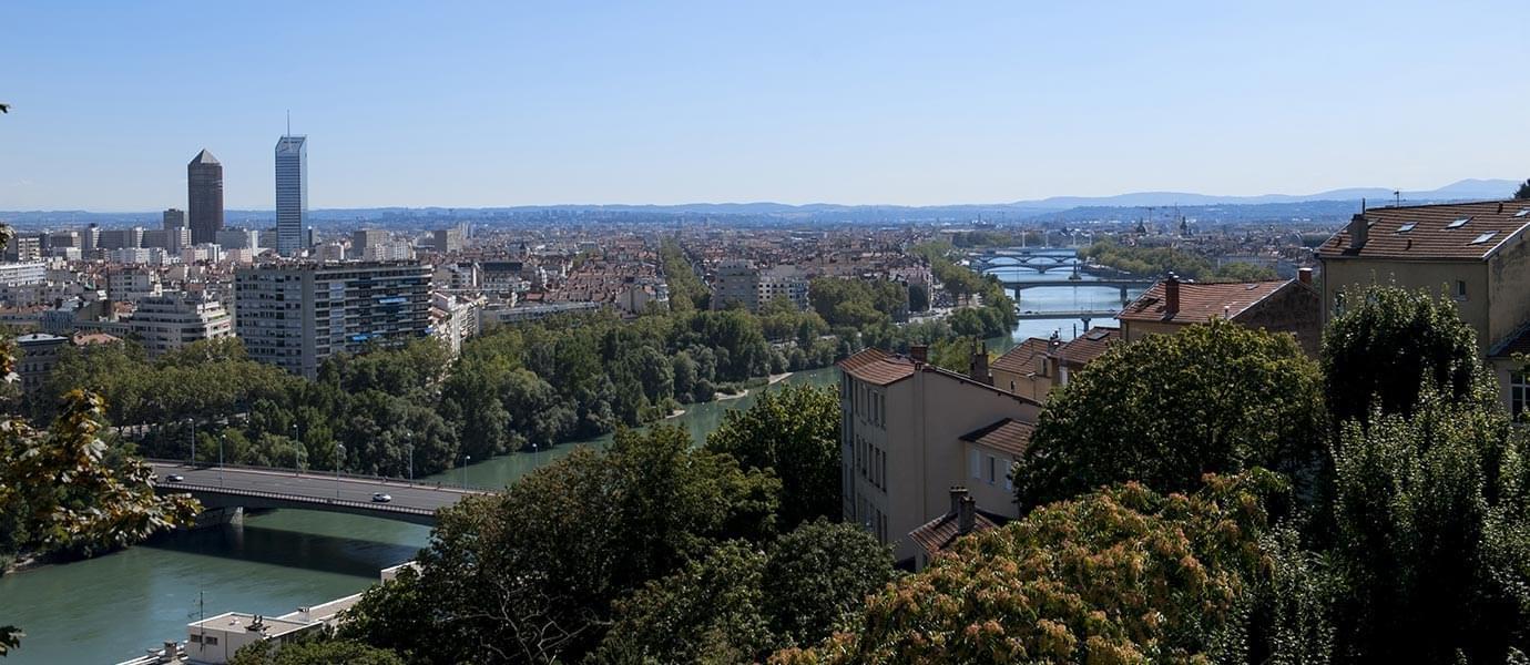 Résidence à Caluire et Cuire Superbes vues sur Lyon, Proche parc de la Tête d'Or, Luxe et Prestige,
