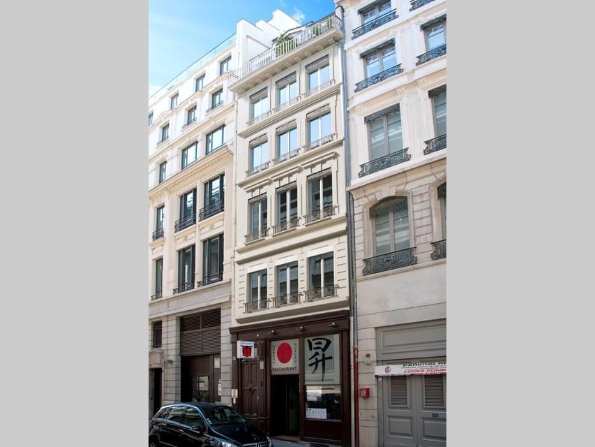 Résidence à Lyon 2 Porte d'entrée sécurisée 3 points, Rénovation haut-de-gamme, Studios lumineux,