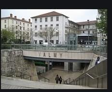Résidence à Lyon 9 Place Valmy / Commerces, Métro Valmy, Idéal LMNP/forte demande étudiante, Gare et métro Vaise,