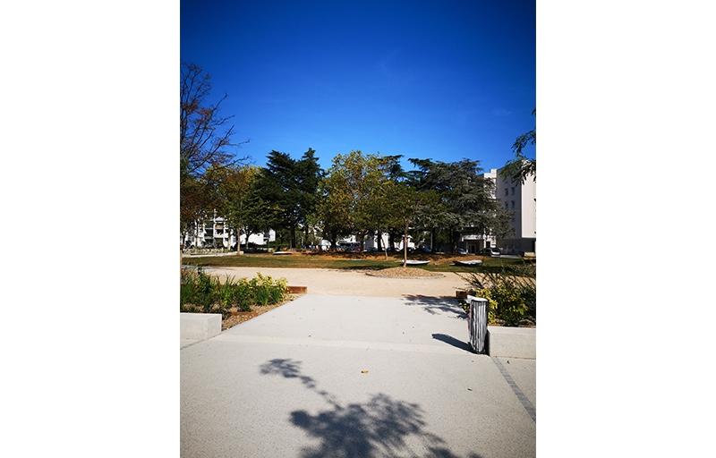 Résidence à Venissieux Beau parc arboré, Tram T6 à 5 minutes, Résidence intimiste,